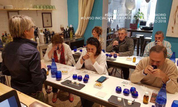 Iniciación a la Cata del Aceite de Oliva Virgen extra. Diferentes fechas