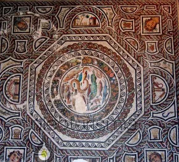 mosaico-romano-con-escena-agricola