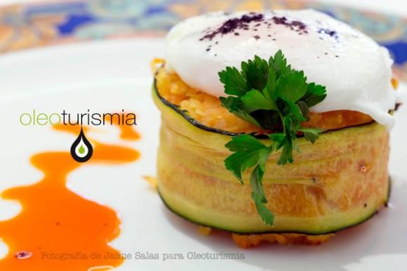 3-Timbal-de-calabacin-relleno-de-bacalao-ajoarriero-con-huevo-escalfado