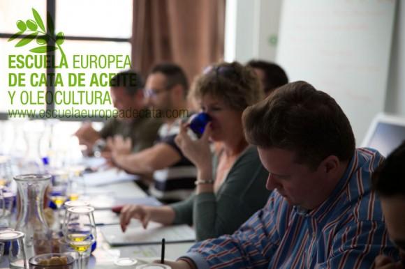 Curso Sumiller del Aceite de Oliva Virgen Extra.  Escuela Europea de cata de aceite. 14