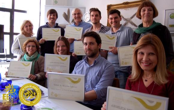 Curso Superior de Análisis Sensorial y Maridaje del Aceite de Oliva Virgen Extra en la Escuela Europea de Cata de Aceite y Oleocultura EECO. http://www.escuelaeuropeadecata.com